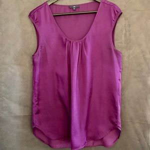 Gap cap sleeves top, size M, pretty eggplant color